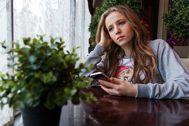 girl 1848477 640